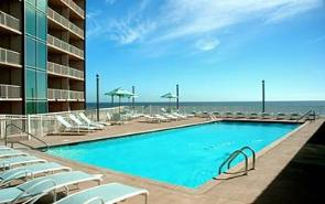 Sea Breeze vacation condo rentals pool deck overlooking the Gulf of Mexico