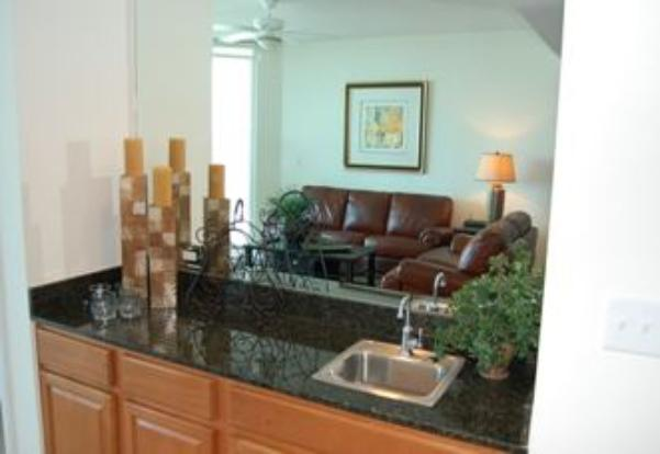Wer bar area of Beau View vacation rental condo in Biloxi
